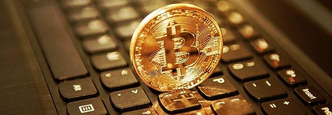 bitcoin minerario illegale)
