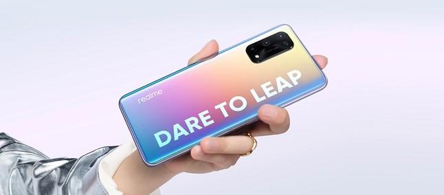 Antes de chegar ao Brasil, Realme X7 Pro é lançado na Tailândia por quase  R$ 3 mil - TudoCelular.com